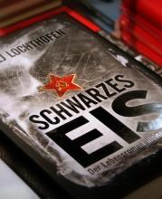 """Buchcover von """"Schwarzes Eis"""" Foto: Jenny Schindler"""